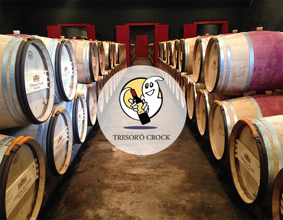 Photo of the wine storehouse with the logo of Tresor'Ô Crock.